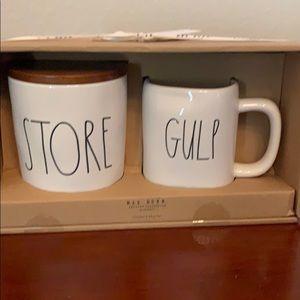 NWT Rae Dunn Store/Gulp Boxed Gift Set